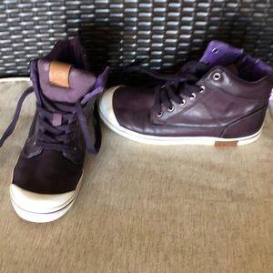 Ugg purple shoes